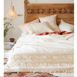 Urban outfitters duvet cover and pillow sham set